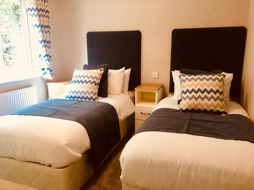 Saunton Bed 2